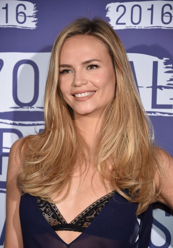 Natasha Poly – L'Oreal Party at 69th Cannes Film Festival 5/18/2016