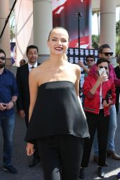 Natasha Poly With Fans at Martinez Hotel - 69th Cannes Film Festival 5/16/2016