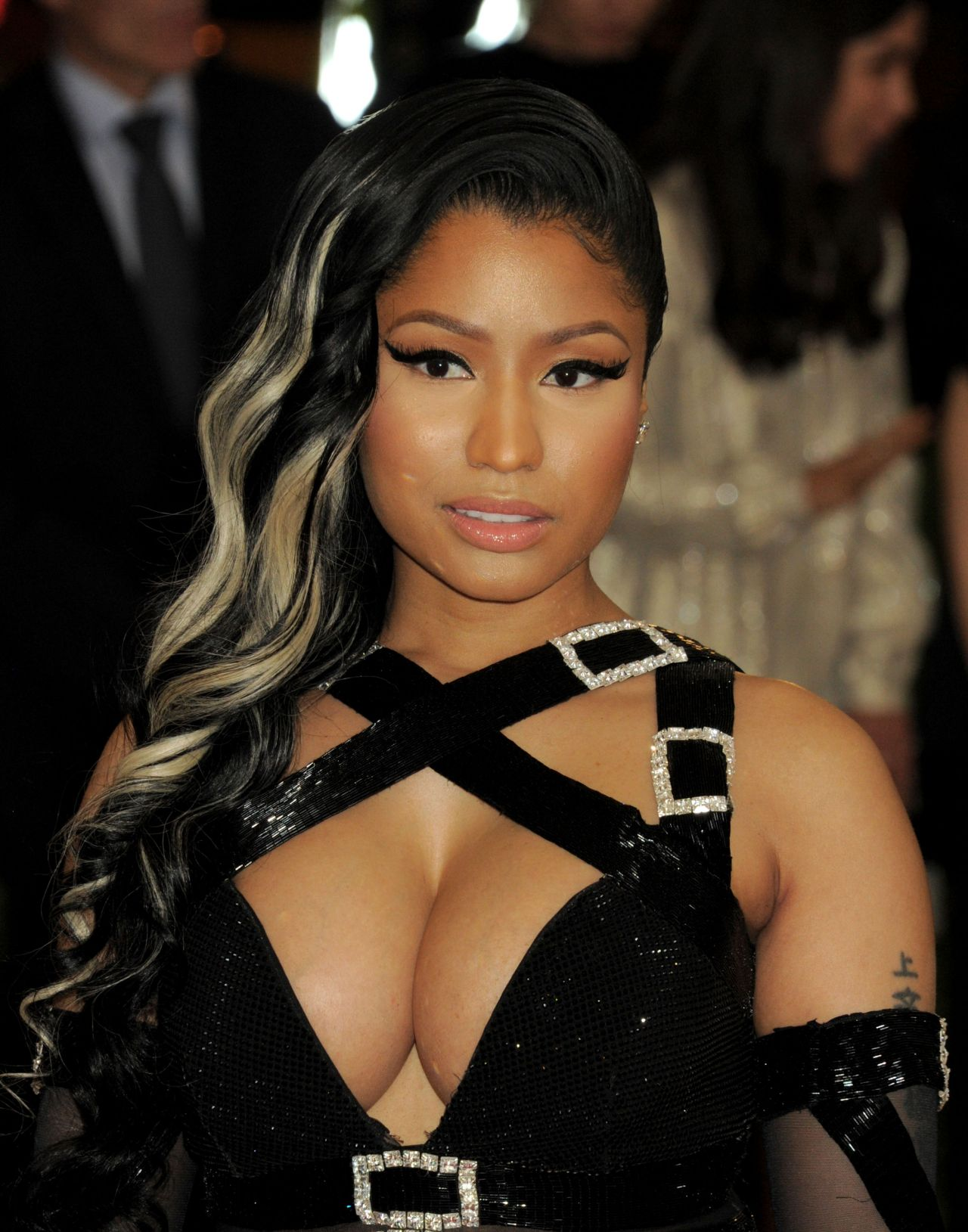 Nicki Minaj  Met Costume Institute Gala 2016 In New York-9934