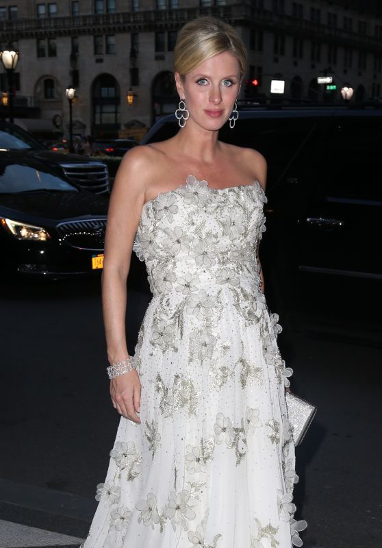 Nicky Hilton – Fashion Institute Of Technology's 2016 FIT Gala in New York City