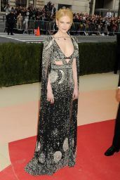 Nicole Kidman – 2016 Met Gala Held at the Metropolitan Museum of Art New York