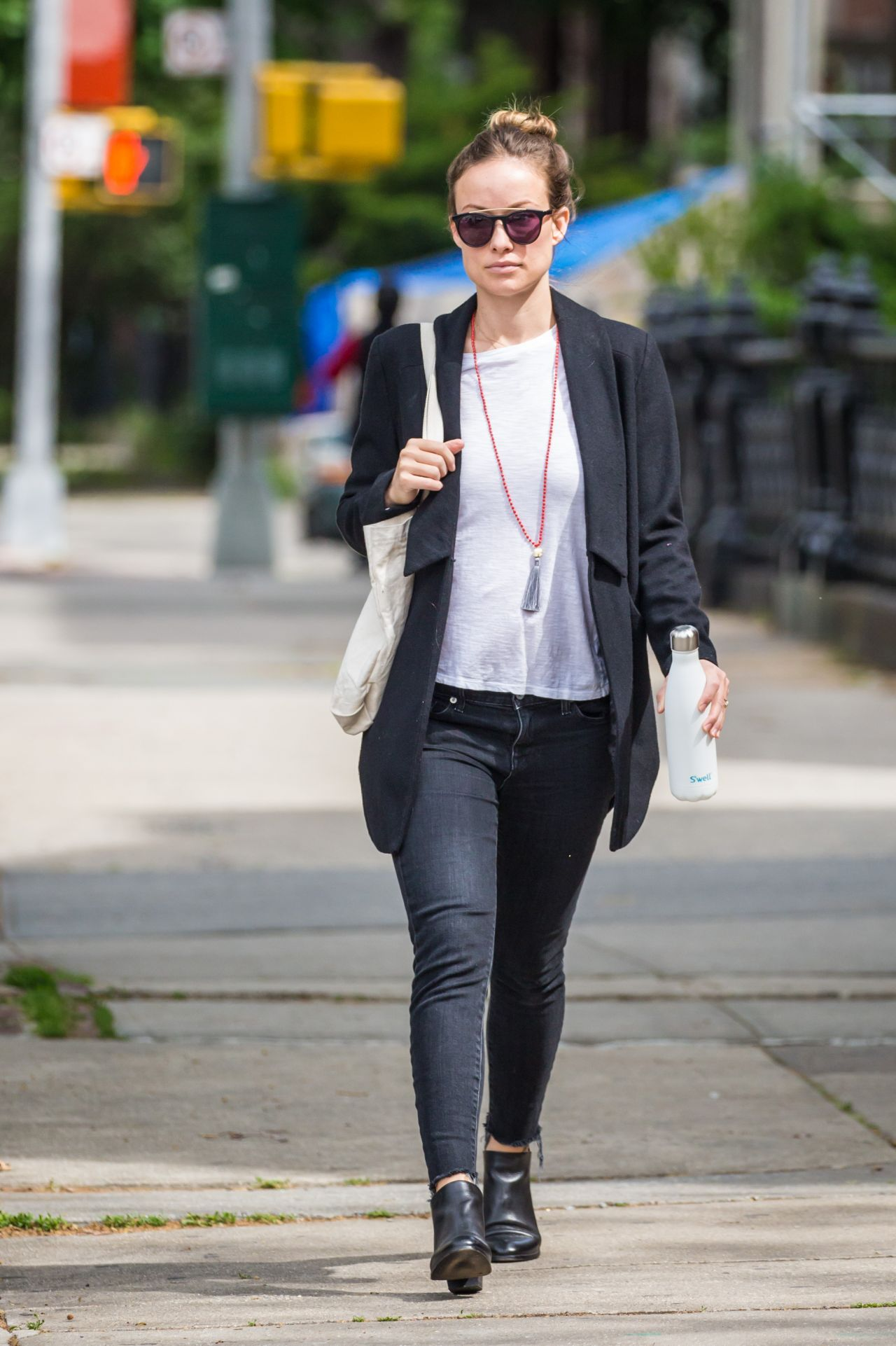 Olivia Wilde Office Chic Outfit Out In New York City 5