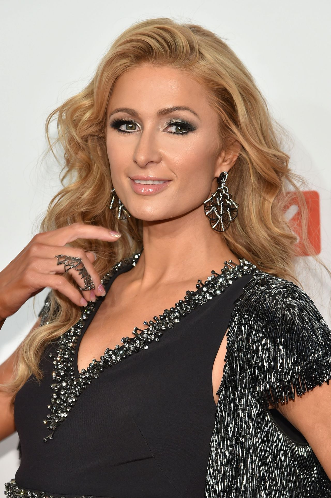 Paris Hilton – 2016 Delete Blood Cancer DKMS Gala in NYC 5/5/2016 Paris Hilton