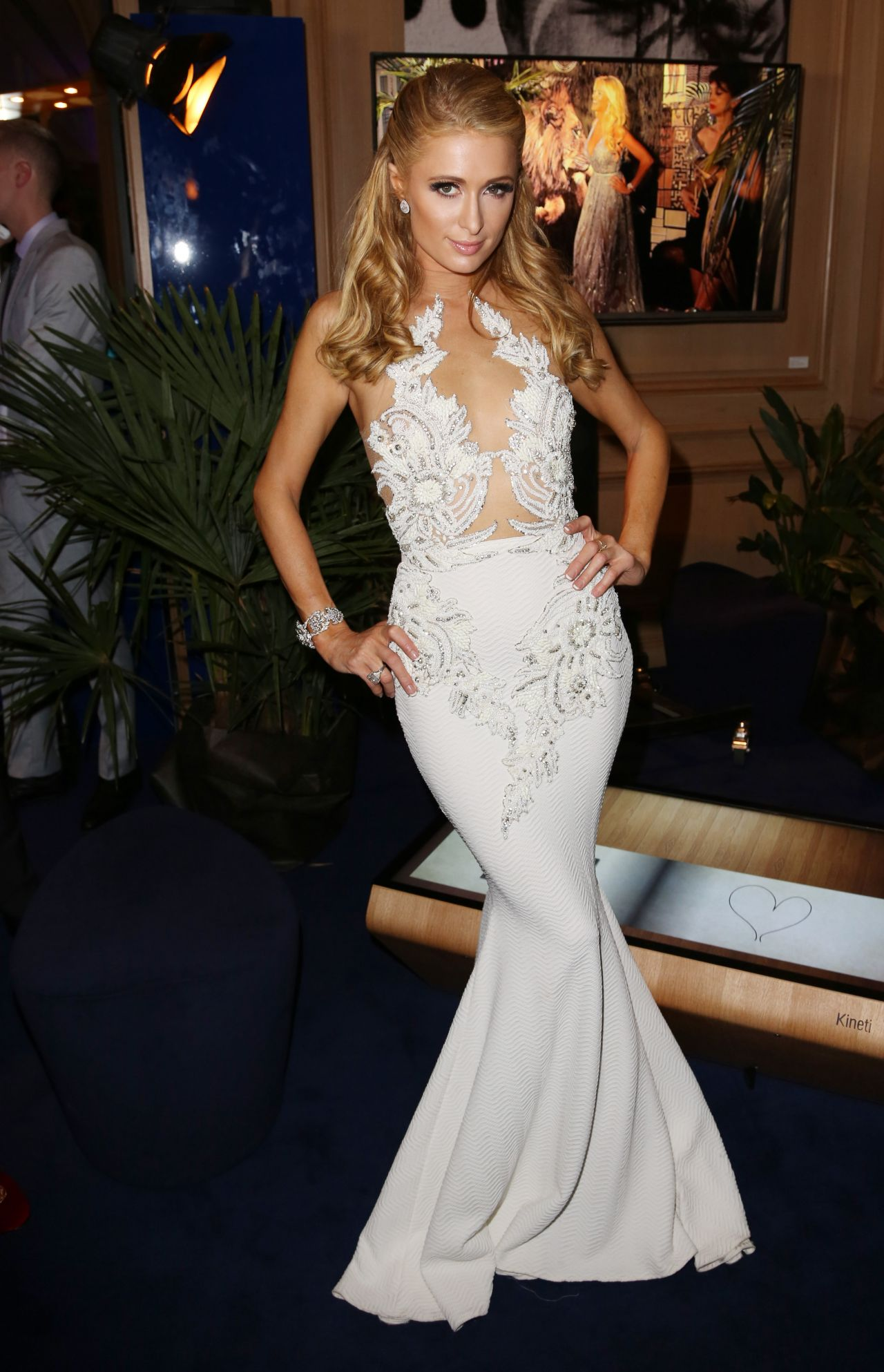 Paris Hilton Sexy Film 61
