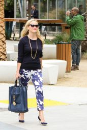 Reese Witherspoon Spring Ideas - Los Angeles 5/9/2016