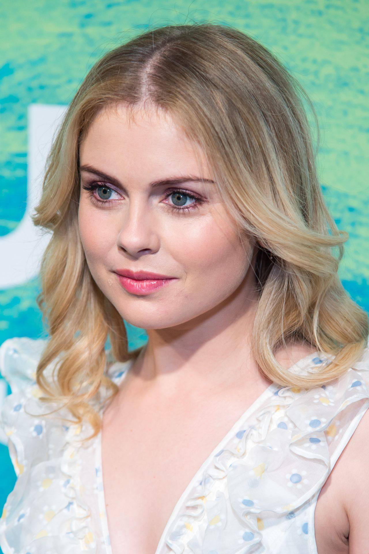 Rose Mciver The Cw Upfront Presentation 2016 In New York