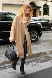 Rosie Huntington-Whiteley Outfit Ideas -  New York City 5/1/2016