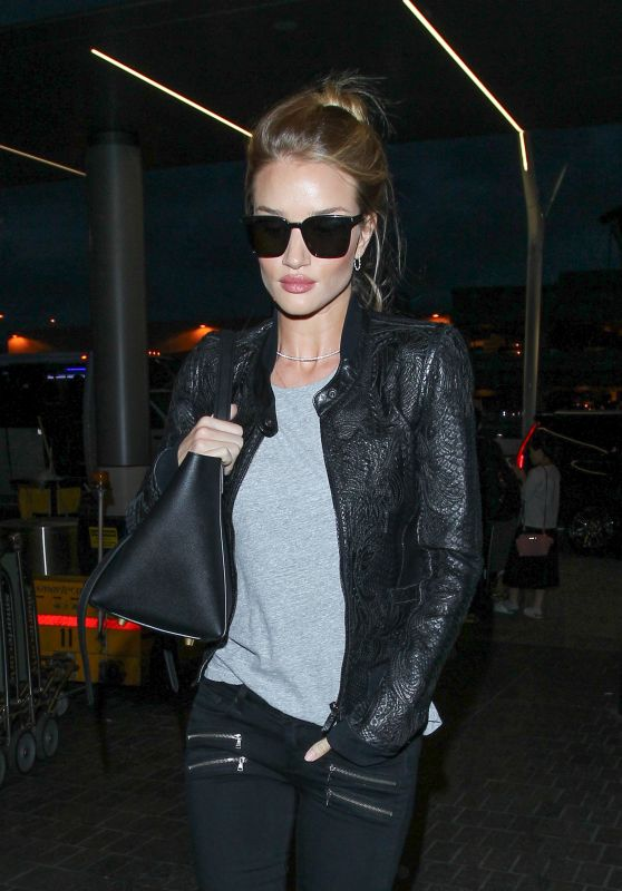 Rosie Huntington-Whiteley Travel Outfit - at LAX Airport in LA 5/8/2016