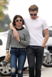 Sarah Hyland Urban Style - Out in Studio City, 5/19/2016