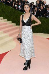 Selena Gomez – Met Costume Institute Gala 2016 in New York