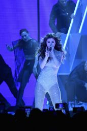 Selena Gomez - Performing at the 'Revival World Tour' at the Mandalay Bay in Las Vegas 5/6/2016