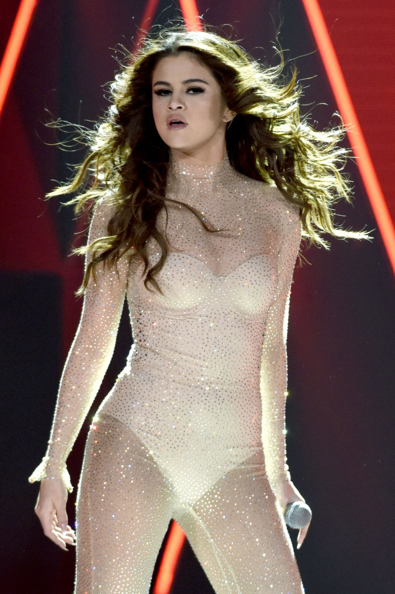 Selena Gomez Nude Photos 15