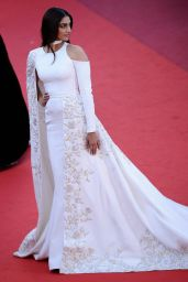 Sonam Kapoor – 'Mal De Pierres' Premiere at Cannes Film Festival 5/15/2016
