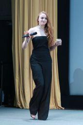 Sophie Turner - Promoting