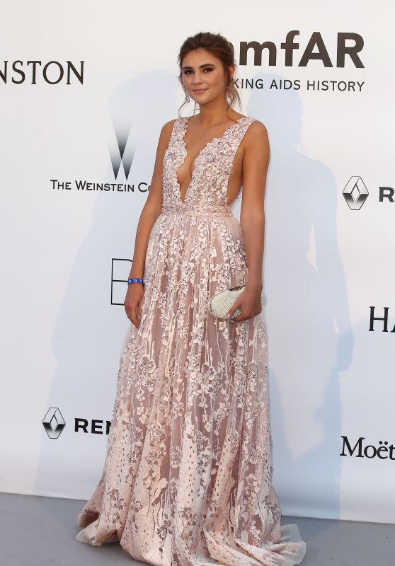 Stefanie Giesinger – amfAR's Cinema Against AIDS Gala in Cap d'Antibes, France, 5/19/2016