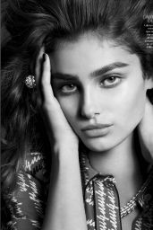Taylor Hill - Vogue Magayine Mexico May 2016 Issue