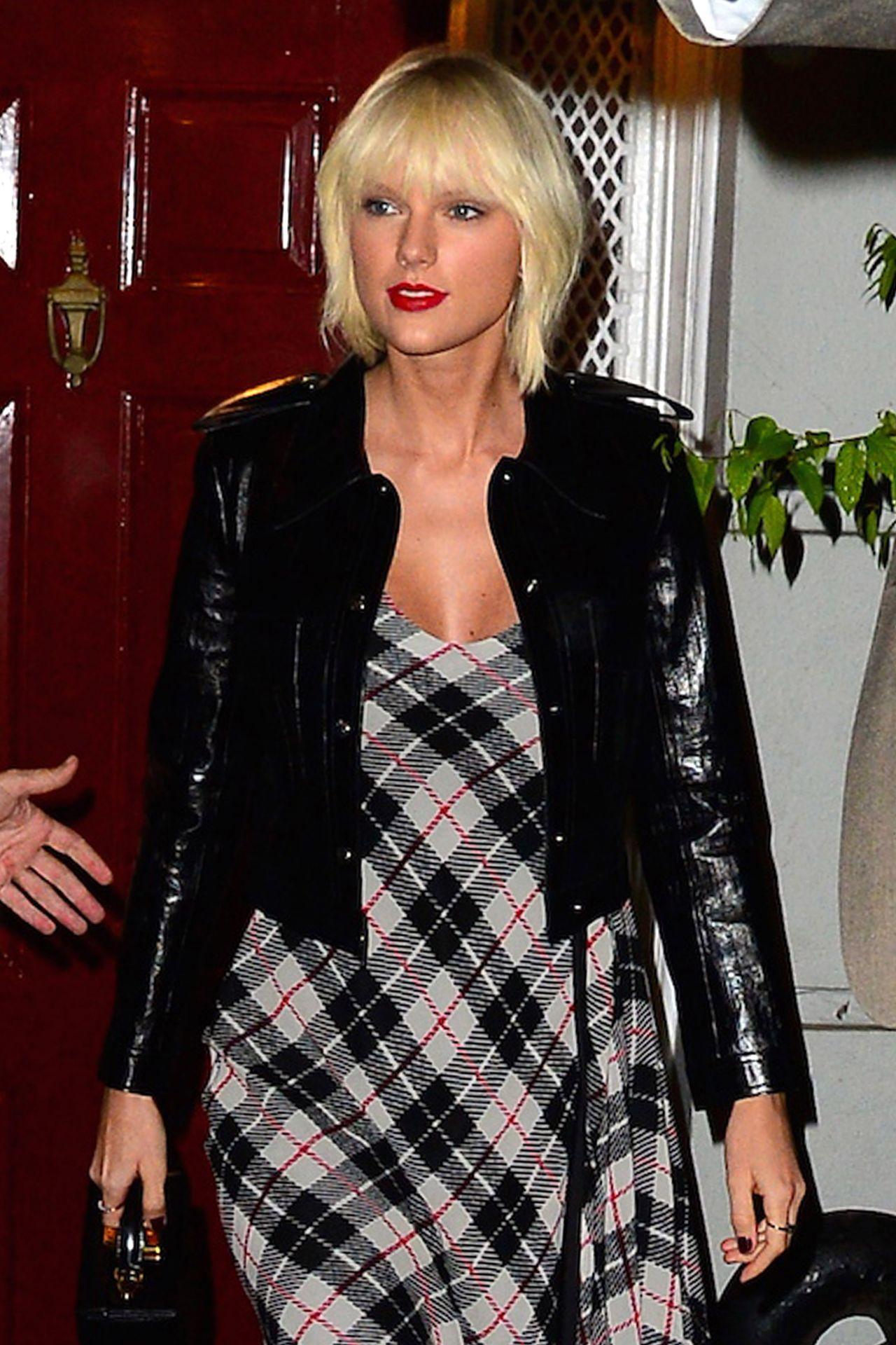 Taylor Swift - Anna Wintour's pre Met Gala 2016 Dinner ... Taylor Swift