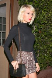 Taylor Swift in Leopard Print Hotpants - Giorgio Baldi in Los Angeles 5/12/2016