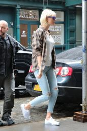 Taylor Swift Street Style - Out in NYC 5/1/2016