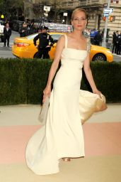 Uma Thurman – 2016 Met Gala Held at the Metropolitan Museum of Art New York