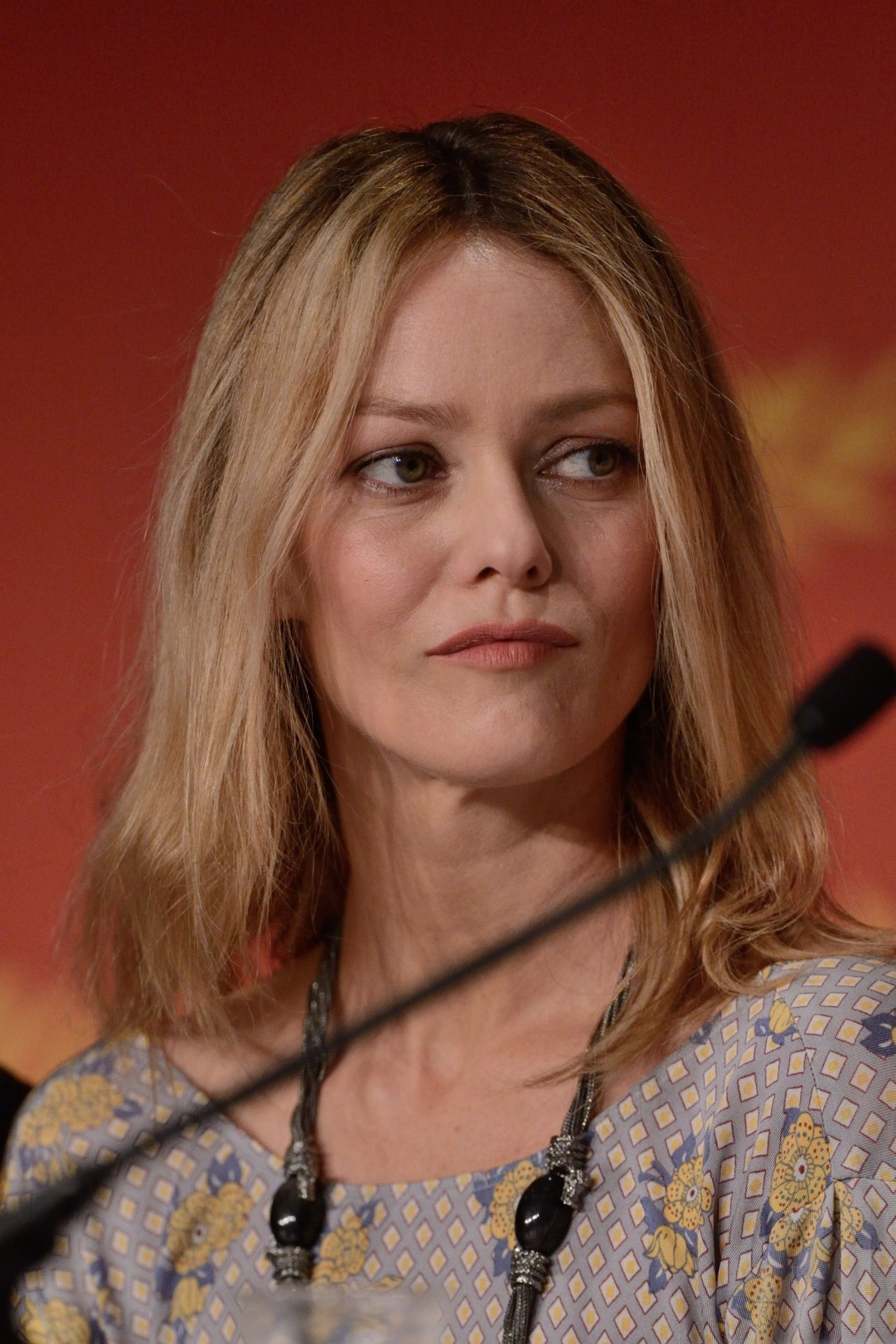 Vanessa Paradis - Jury Press Conference - 2016 Cannes Film ... Vanessa Paradis
