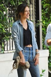 Alessandra Ambrosio Look All Jeans  - Out in Santa Monica 6/17/2016