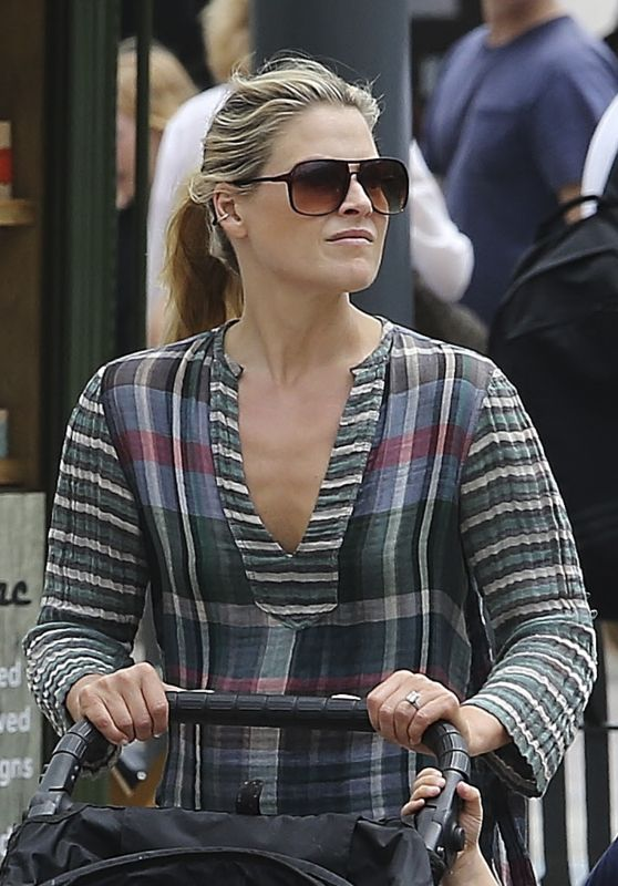Ali Larter - Shopping in Los Angeles 6/26/2016