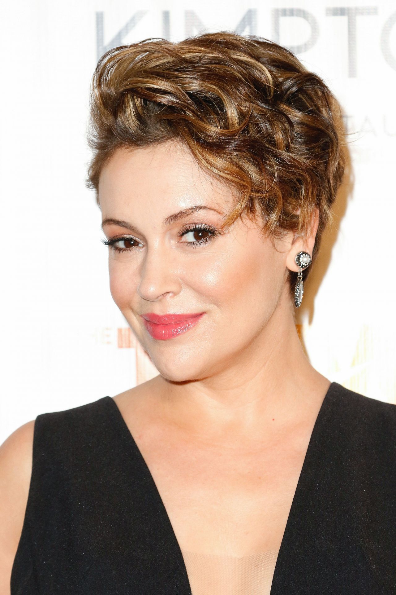 Alyssa Milano Trevorlive New York 2016 Marriot Marquis