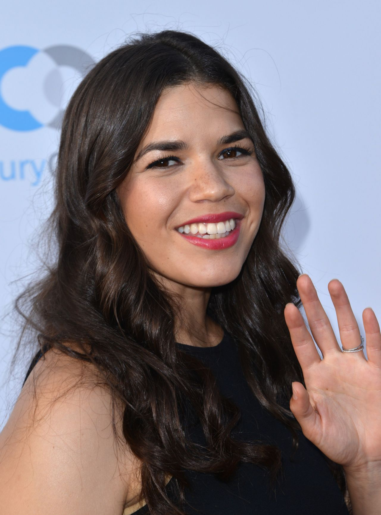 american crew hairstyles : America Ferrera ? Stand For Kids Gala in Los Angeles 6/18/2016