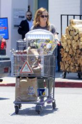 Amy Poehler - Shopping for Grocery at Bristol Farm in Beverly Hills 6/5/2016