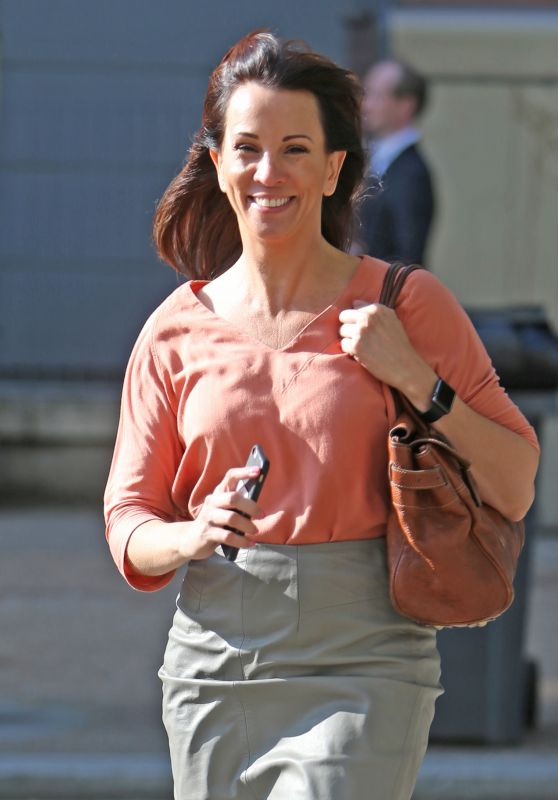Andrea McLean Casual Style - Outside ITV Studios in London 6/6/2016