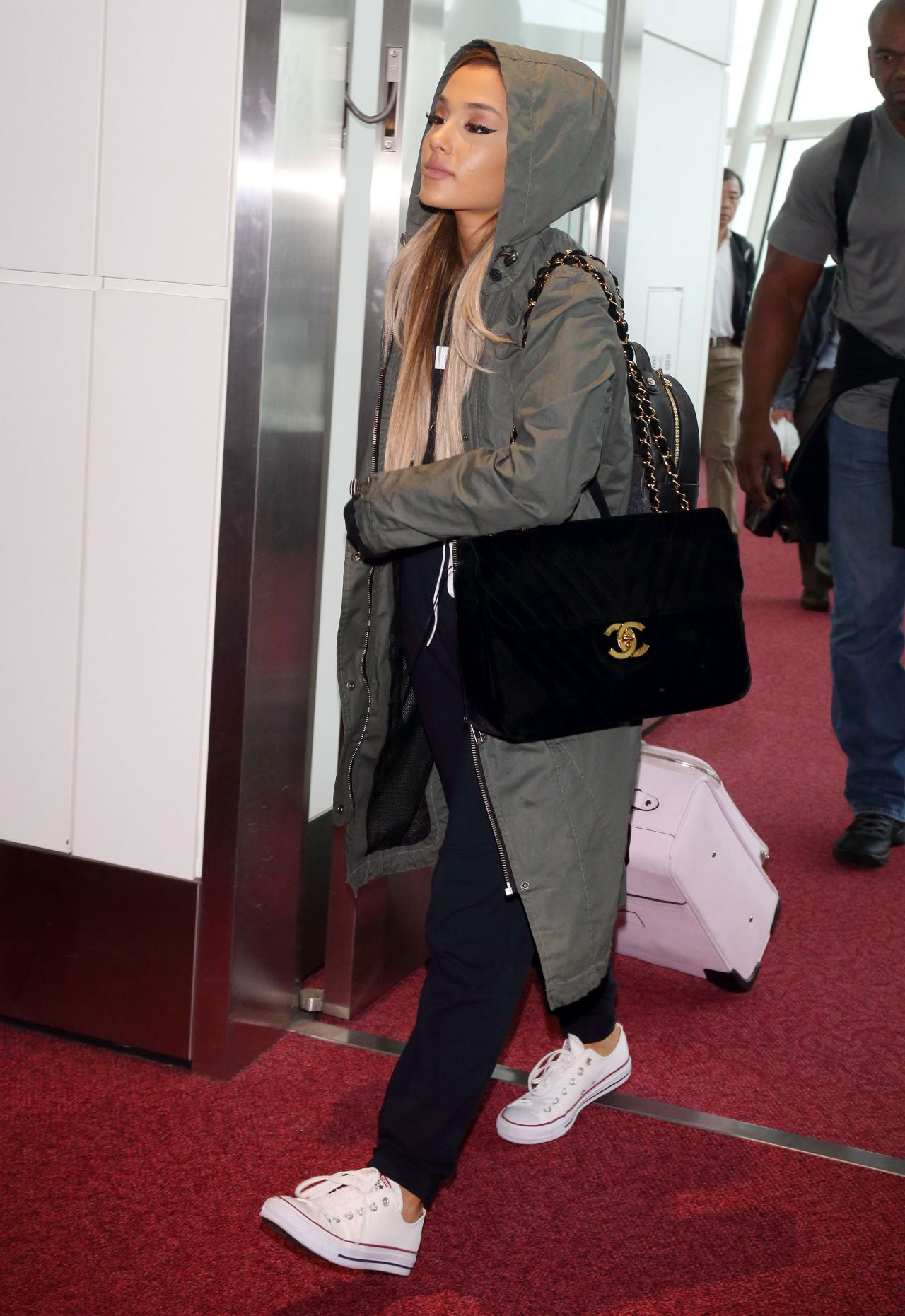 Ariana Grande Travel Outfit - at Haneda Airport in Tokyo 6 ...