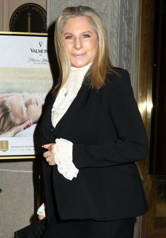 Barbra Streisand - Makes Her Way to the Tony Awards in New York 6/12/2016