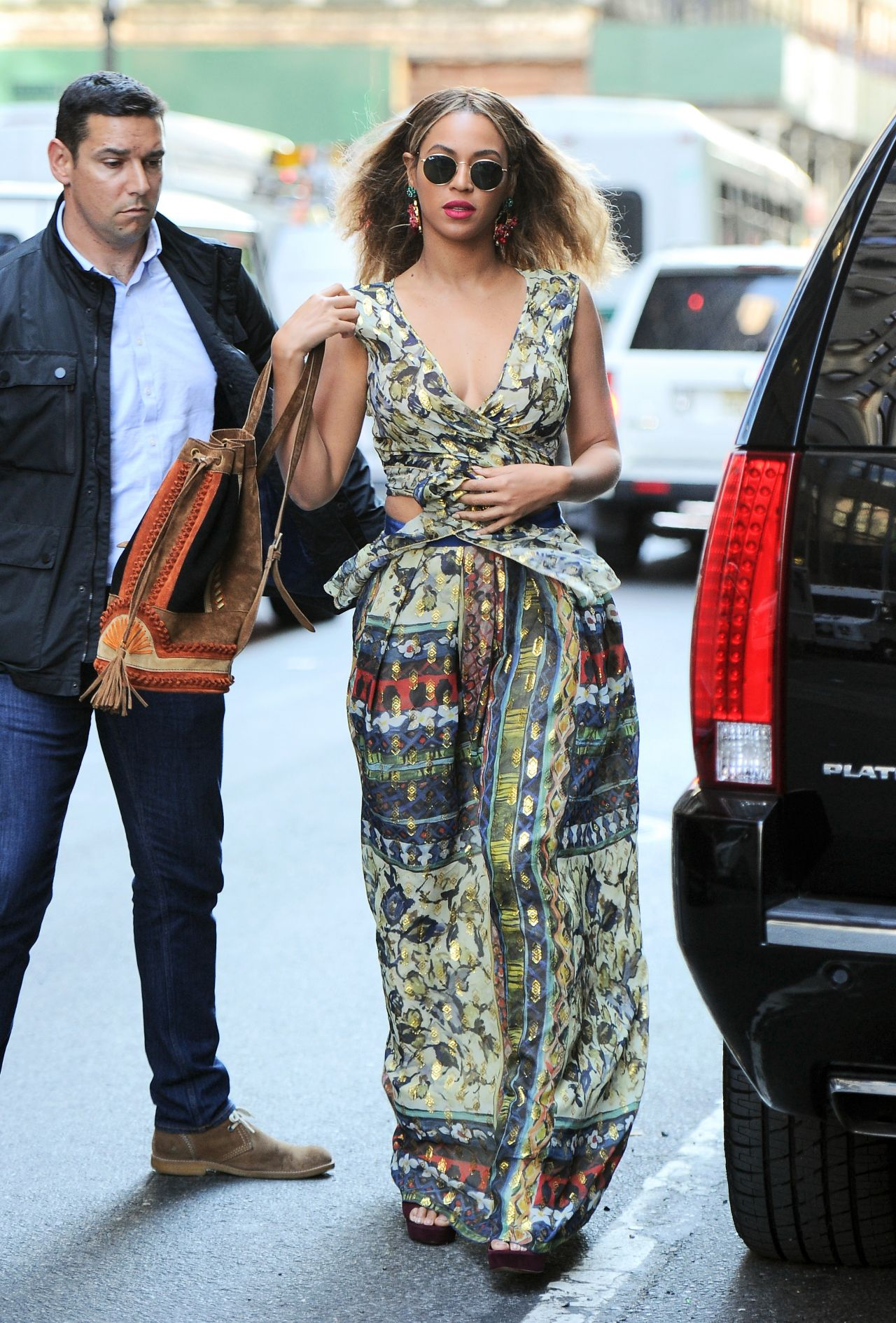 Beyonce Looks Boho Chic Out In Nyc 6 17 2016