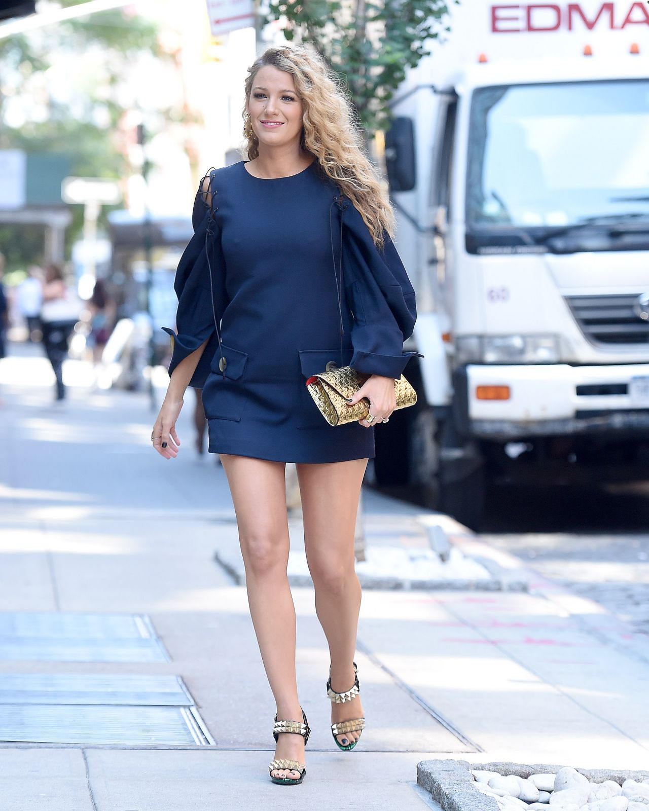 Blake Lively Chic Street Style