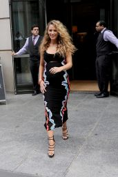 Blake Lively Inspiring Style - Out in NYC 6/21/2016