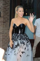 Blake Lively - Out in Tribeca as She Heads to