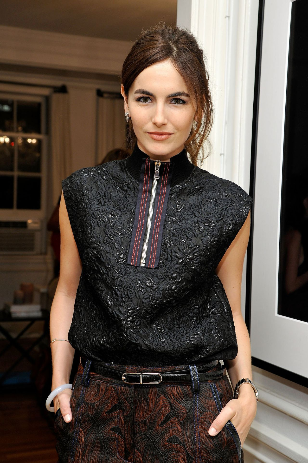 camilla belle looking at stars premiere in los angeles