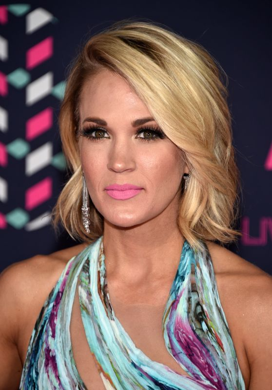 Carrie Underwood - 2016 CMT Music Awards in Nashville