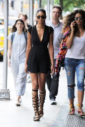 Chanel Iman Street Style - Out in Manhattan in New York City 6/27/2016