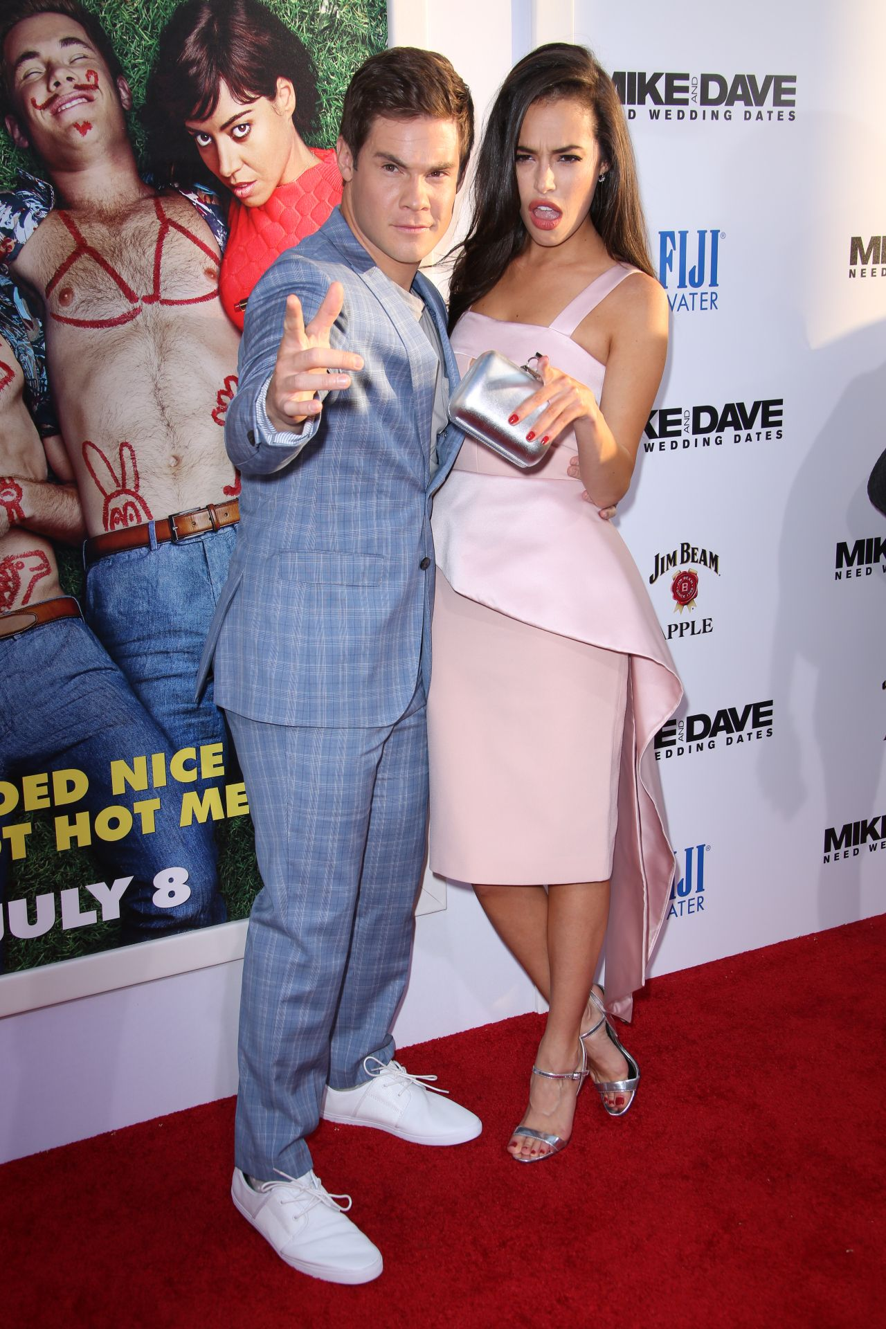 Mike And Dave Need Wedding Dates Online.Chloe Bridges Mike And Dave Need Wedding Dates Movie