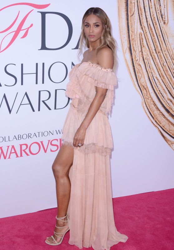Ciara – CFDA Fashion Awards in New York City 6/6/2016
