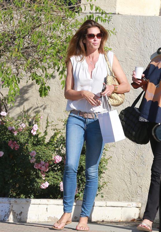 Cindy Crawford - Shopping in Malibu 6/20/2016