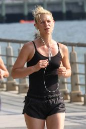 Claire Danes - Jogging in New York City, June 2016