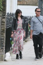 Daisy Lowe Street Style - Out in London, UK 6/28/2016