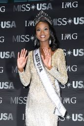 Deshauna Barber - 2016 Miss USA, Miss District of Columbia Press Conference in Las Vegas 5/6/2016