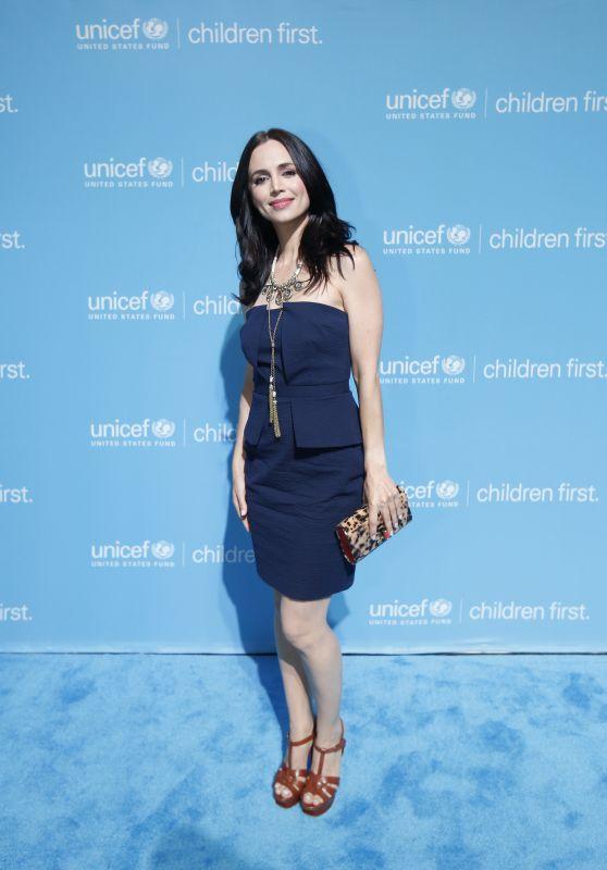 Eliza Dushku - UNICEF Children