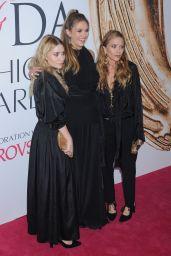 Elizabeth Olsen – CFDA Fashion Awards in Hammerstein Ballroom, New York City 6/6/2016