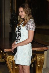 Elizabeth Olsen - Christian Dior Cruise 2016/17 Catwalk Show in Woodstock, UK 5/31/2016