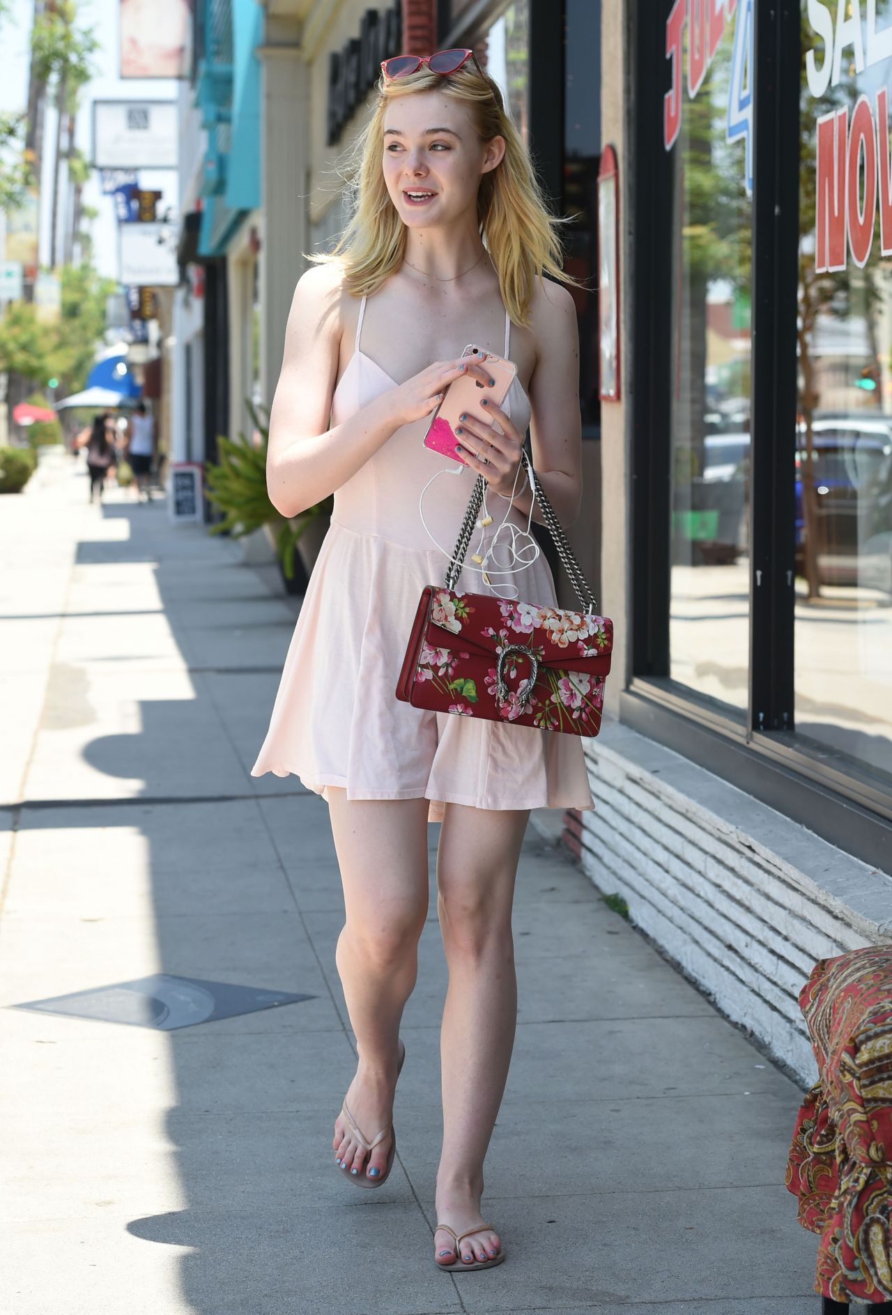 Elle Fanning Summer Style Out In Los Angeles 6 25 2016